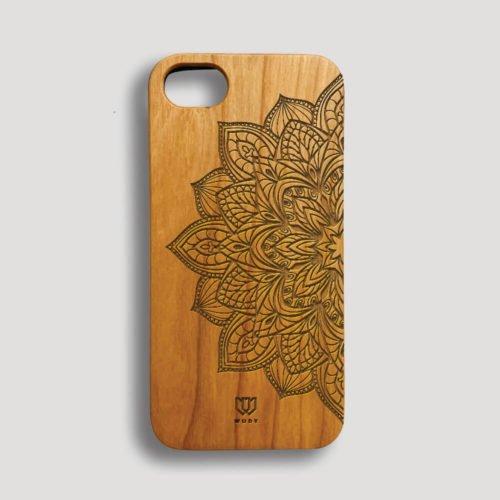 Drevený kryt na iPhone 7 - Mandala