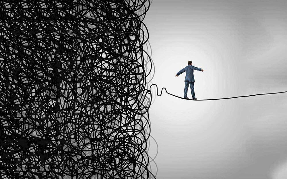 Strach je spúšťačom negatívnych emócii. Tie sú opakom pozitívneho myslenia.